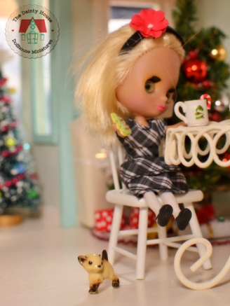 Christmas at the Dollhouse Bakery