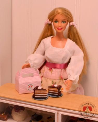 Miniature Chocolate Cake for Barbie or Blythe