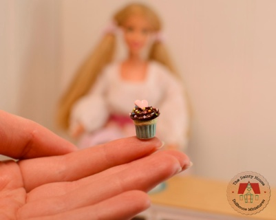 Miniature Chocolate Cupcakes for Barbie or Blythe